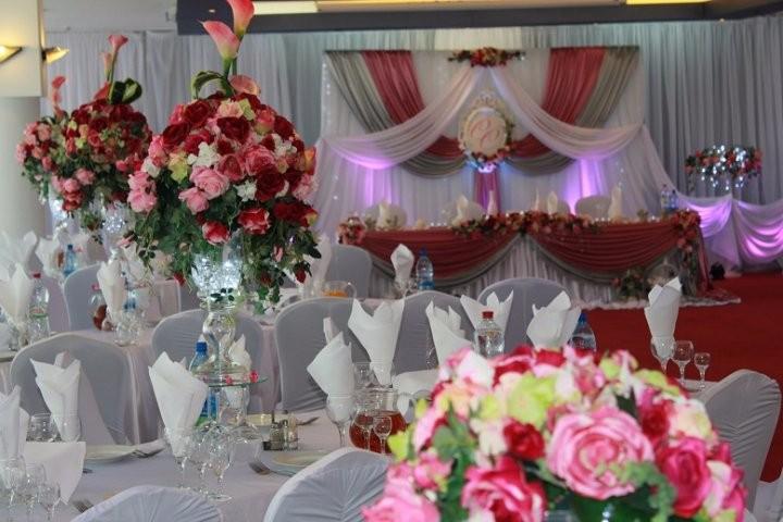 Фото оформление залов цветов и тканями